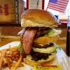 大阪1大きい!?美味しい特大ハンバーガー、ビッグベリーマン